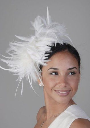 Fabulous fascinators and alternative headpieces for fearless brides | Offbeat Bride: Wedding Hair, Offbeat Bride, Fabulous Fascinators, Wedding Wear, Fearless Brides, Fascinator Susan, Feathers, Derby
