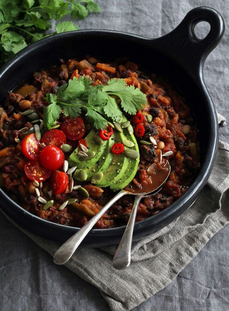 When temperatures drop, I start craving warming and spiced dishes like this nourishing chilli. Serve to a crowd or enjoy the plentiful leftovers for lunch. This is a worthy winter staple.