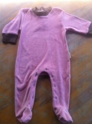Dark pink organic cotton velour with chocolate trim grow suit, made by PUREBABY. This suit is so soft and cosy with feet, your little treasure will not be cold this winter.  No chemicals ensure a great night sleep.  Size 0 only  Now $15.95