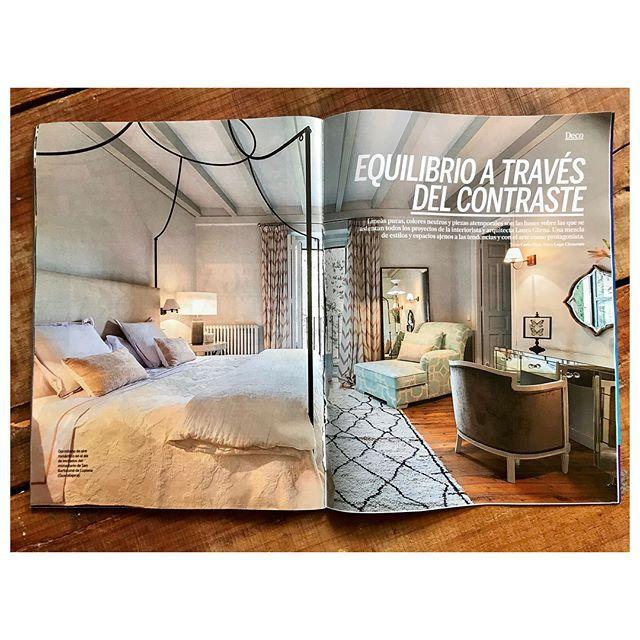 Que buena forma de darle la bienvenida al 2018! con este fantástico reportaje en @yodona firmado por @carlapinagarcia y con mis fotos para @garnaisdesign  @teresaiturralde11 #gärnaisdesign #gärnaestudio #interiordesign #lupeclementefotografia #living #lifestyle #style #interiordesign #home #interior #espacios #homedecor #diseño #espacio #beauty #home #diseño #espaciossingulares #espacios #decor #interior #madrid #instaday #instapic #muyad #casas2018 - Architecture and Home Decor - Bedroom…