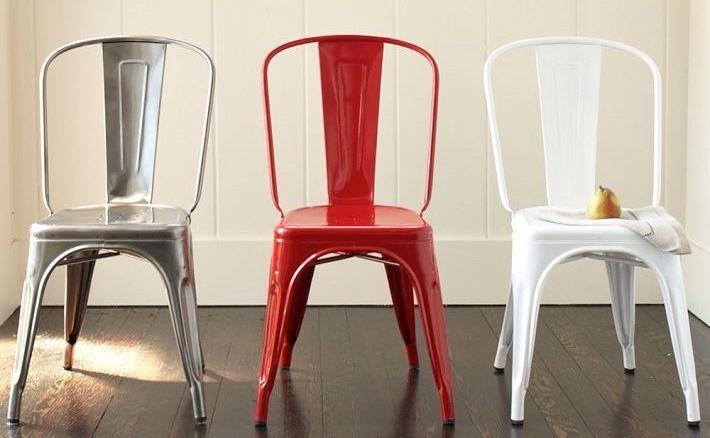 Encontrá las sillas Tolix en Solsken. Disponibles en rojo, blanco y silver. #solsken www.solsken.com.ar
