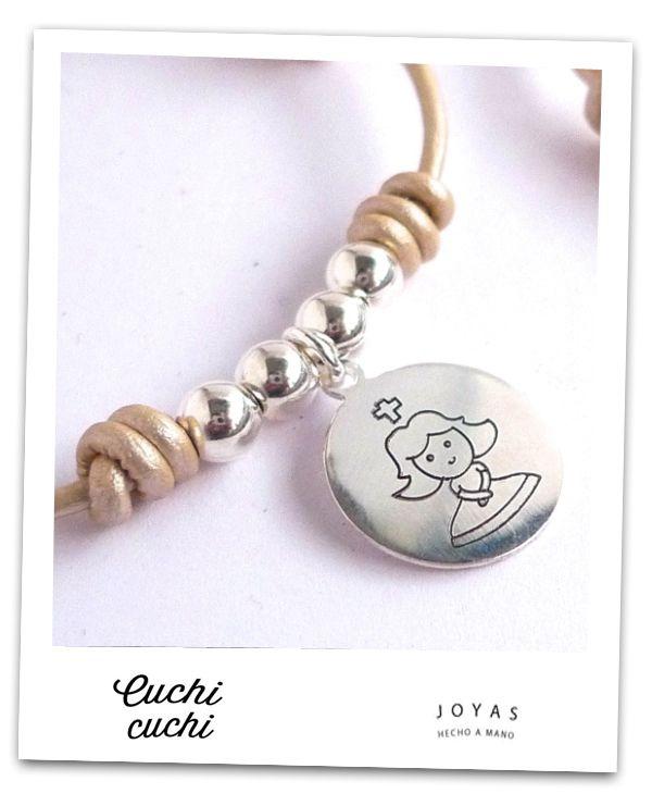 ¿Ideas para la comunion de tu hija o hijo? Pulseras de plata, collares, colgantes personalizados con frases, dedicatorias comuniones, fechas, virgencitas...