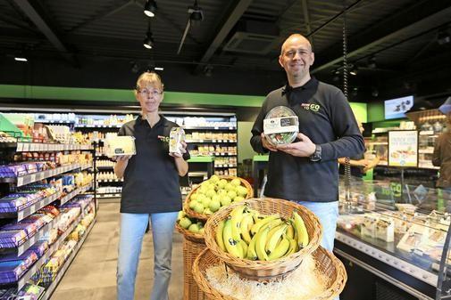 """Supermarkt-Angebot in der Tankstelle: Der Aral-Shop in Fallersleben wurde ein """"Rewe To Go""""."""