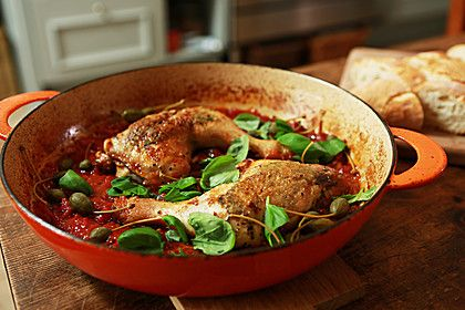 Italienische Hähnchenkeulen, ein beliebtes Rezept aus der Kategorie Braten. Bewertungen: 112. Durchschnitt: Ø 4,5.