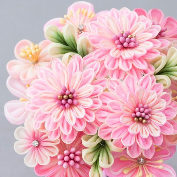 kanzashi flowers are so beautiful