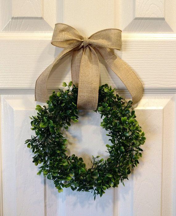A Small Very Cute Wreath Small Mini Faux Plastic Artificial Boxwood Wreath Is 8 Inches Approximate Boxwood Wreath Decor Boxwood Wreath Small Boxwood Wreath