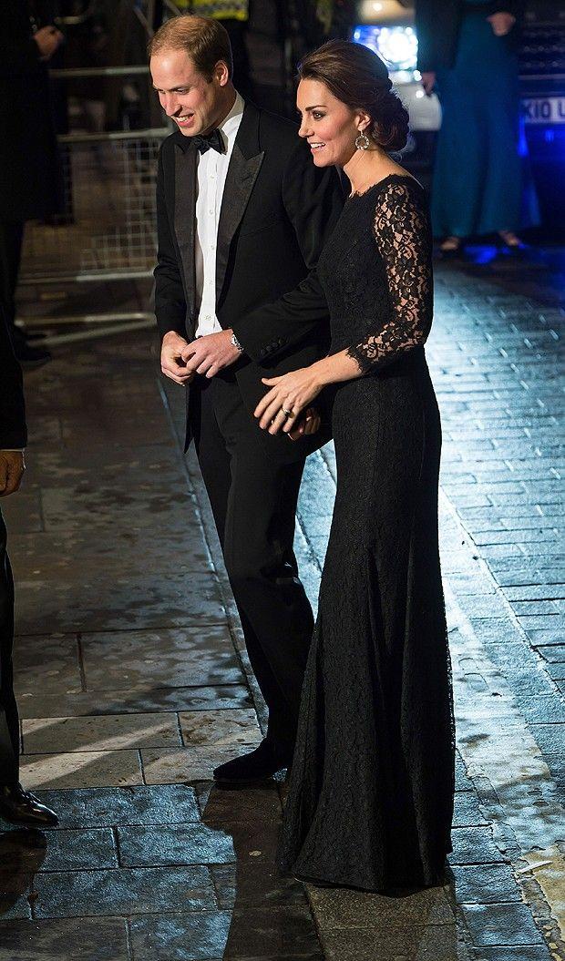 Principe William e  Kate Middleton . O casal foi ao Royal Variety Performance, que aconteceu na noite de quinta-feira(Foto: Getty Images)