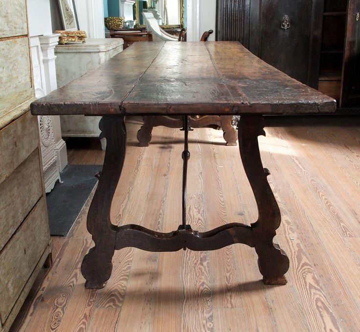 18th century italian dining table