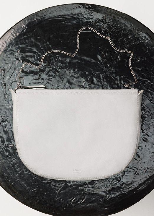 クロワッサン スモール / ソフトラムスキン (ホワイト)  - セリーヌについて