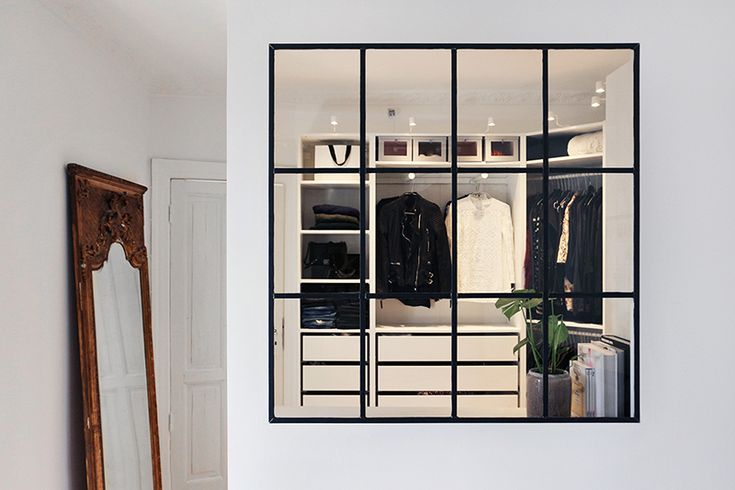 I stumbled upon Christina Dueholm's walk in closet a few days ago while I am still redecorating mine. I have had a weak spot for ...