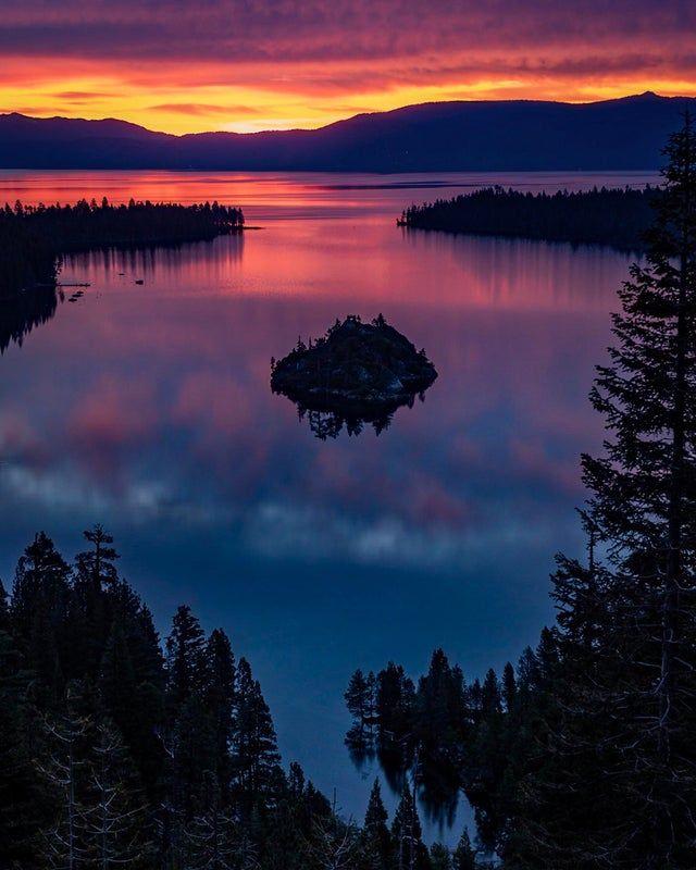 Nice Pre Sunrise Color At Emerald Bay On Lake Tahoe Oc 2049 X 2560 Earthporn Sunrise Colors Lake Landscape Cool Landscapes