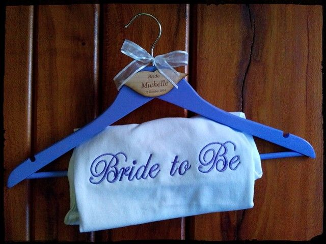 Bridal t-shirt and personalized hanger