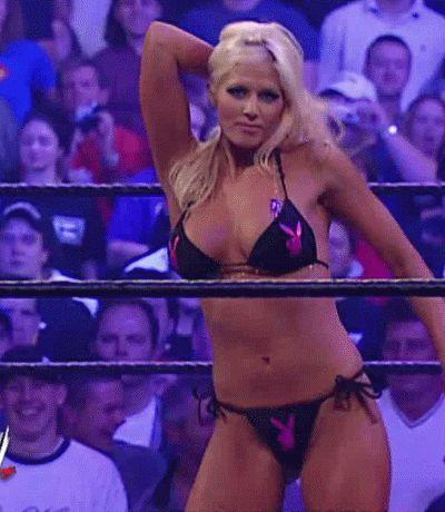 Torrie Wilson Looking Sexy In WWE