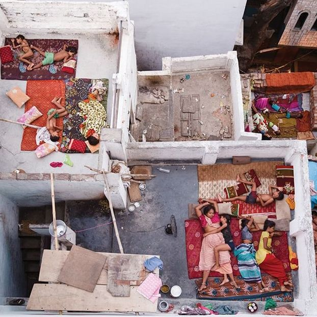 Rooftop Dreams, Varanasi Photo by Yasmin Mund - 2016 National Geographic Travel Photographer of the Year
