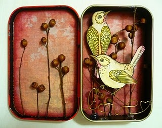 Beautiful altered altoids tin.  I haven't done one of these for a long time.  I should do one soon.