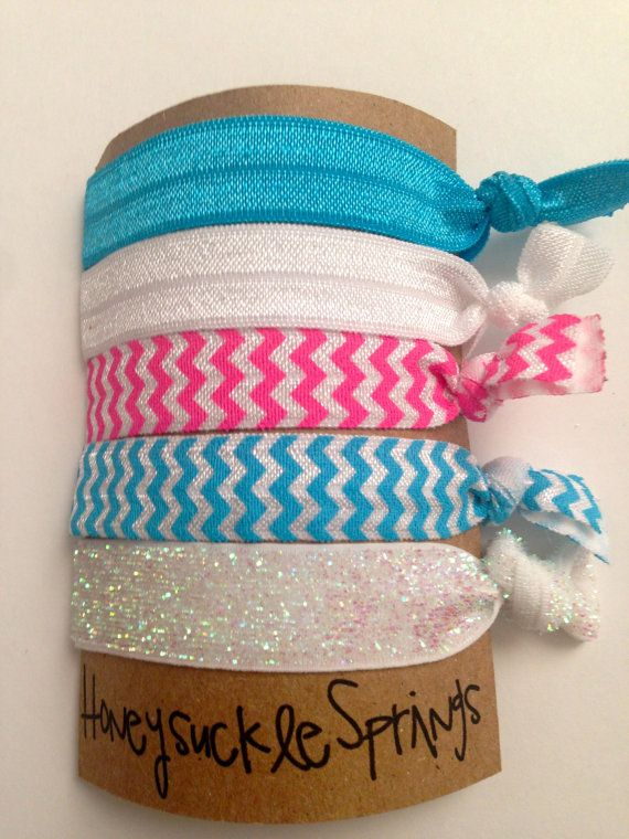 Creaseless Hair Ties The Jingle Bell Rock Collection On