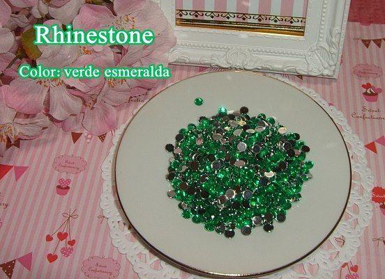 Diamantes de acrílico verde esmeralda