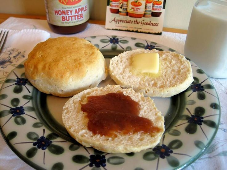What do you look for when buying Apple butter? http://www.kyvan82.com/store/ Buy 2 TODAY, get 1 FREE! #applebutter #KYVAN #appreciatethegoodness #GlutenFree #allnatural #breakfast #waffles #pancakes #toast #smoothie #oatmeal #biscuits