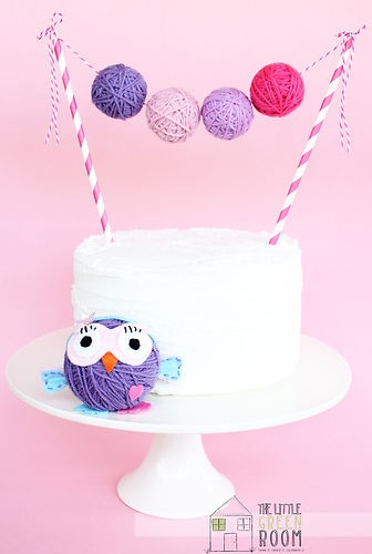 "Giggle And Hoot "" Hootabelle "" Large Yarn Ball Cake Banner"