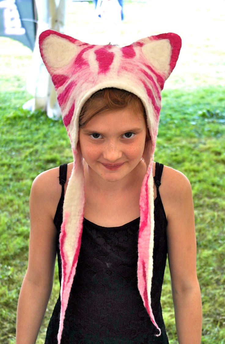 Cheshire Cat Bagpuss hat in cerise pink and white stripes for fancy dress Alice in Wonderland costume headdress by KarenRao on Etsy https://www.etsy.com/listing/183965122/cheshire-cat-bagpuss-hat-in-cerise-pink