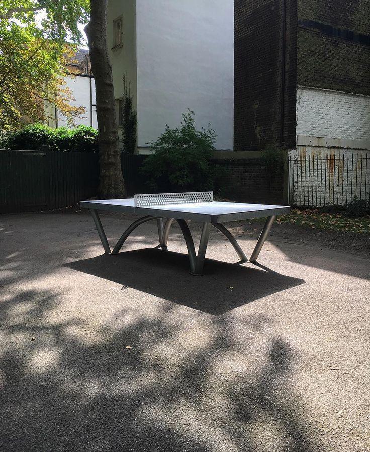 Light on a table tennis table