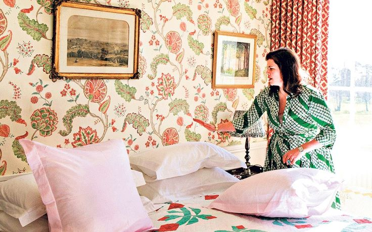 TV presenter Kirstie Allsopp shows us the picturesque bedroom in her holiday   home in Devon