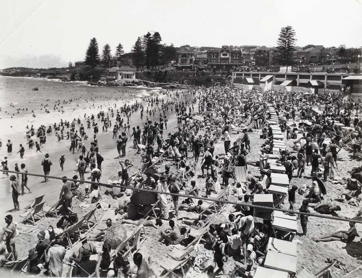 Coogee Beach Surf sheds. Courtesy of the Randwick District Historical Society and Randwick City Library