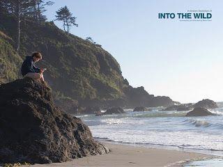 Film del 2007 di Sean Penn. Il regista riesce a descrivere con estrema semplicità la storia di un ragazzo alla ricerca di sé stesso raccontandone i sogni, l'inquietudine e gli errori, realizzando un road movie in cui racconta con sensibilità la storia...