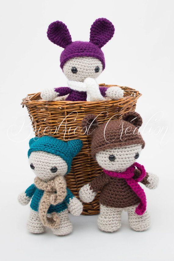 """Nouvelle collection """"Les Zacolytes"""". Peluche agrémentée d'un petit foulard fait au crochet pour enfant. Sur demande seulement! #Zacolytes #plush #toutou #enfant #doudou"""