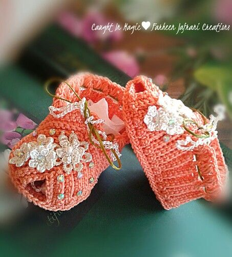 Baby girl shoes.. size 0~3 months ♥♥