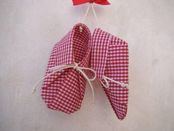 Bolsa Em Origami De Tecido : Sapatinhos de origami em tecido engomado algod?o