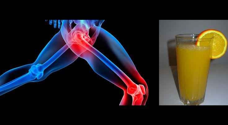 Wielu z nas cierpi na nieustające bóle stawów, często stosujemy leki przeciwbólowe aby pozbyć się problemu. Warto wiedzieć, że to działanie doraźnie. W tym artykule przedstawiamy Państwu naturalne lekarstwo na ból stawów, który poza mocą leczniczą jest też bardzo smaczny. Oto przepis na naturalny sok, który sprawnie usuwa kwas moczowy z organizmu oraz pomaga zlikwidować bóle stawów.  Oto czego potrzebujesz: -1 szklanka pociętych ananasów -1 grejpfrut -1 ogórek -kawałek imbiru, - 500 ml ...