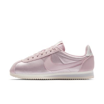 Find the Nike Classic Cortez Nylon Women's Shoe at Nike.com. Free delivery and returns on select orders.
