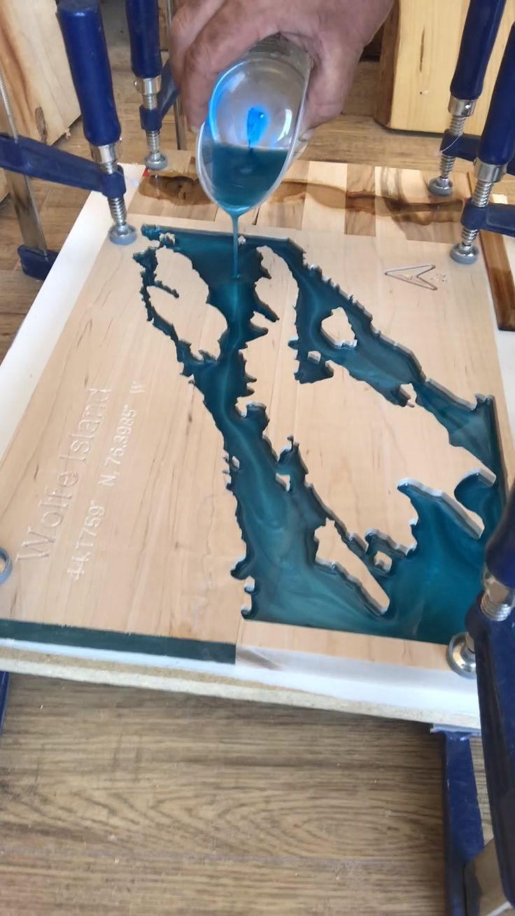 Pouring Epoxy Lake Map Epoxy Lake Map Meubles