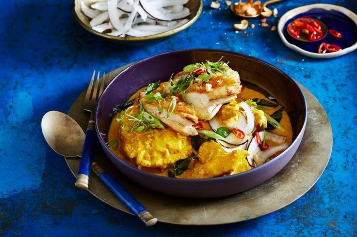 Sri Lankan coconut and turmeric chicken curry