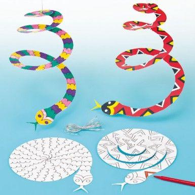 Spiral Snake Mobiles medomakcamp.com #naturecrafts #medomakcamp