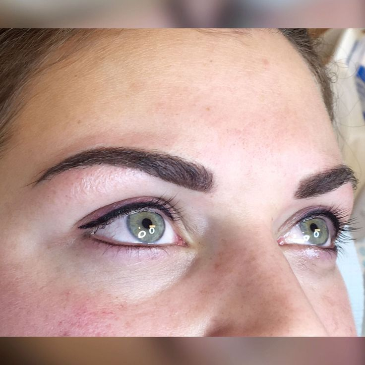 Eyeliner and eyebrows, all Semi Permanent Make up #happy #women #new #eyebrows #newbrows #beautiful #brows#newshape #happycustomer #beautifuleyebrows #permanentbrows#permanentmakeup #semipermanentbrows #semipermanentmakeup#permanentmakeupartist #permanentmakeupacademy #pmu #spmu#permanenteyebrows #eyebrowsonfleek #eyebrowshaping#powderbrows #ombrebrows #glamourlook #rotterdam #thenetherlands
