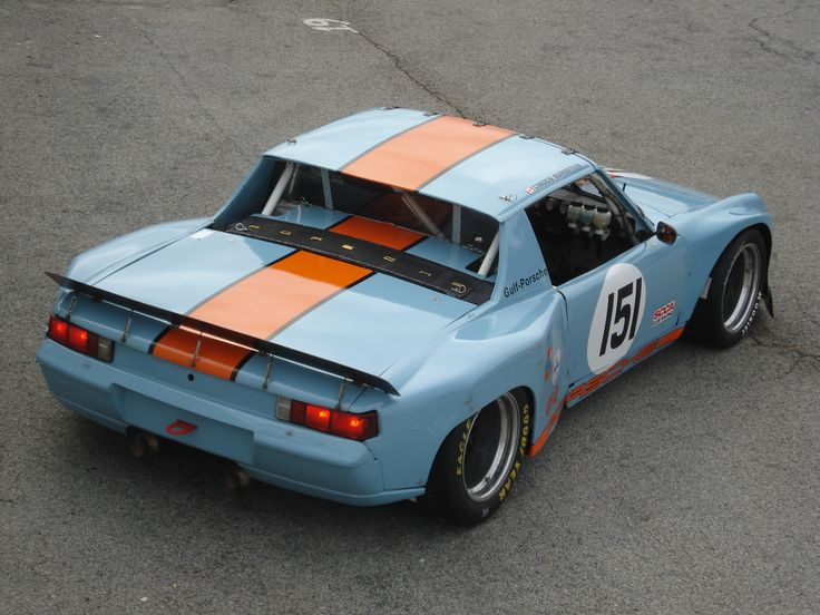 914 with Wyer/Gulf livery