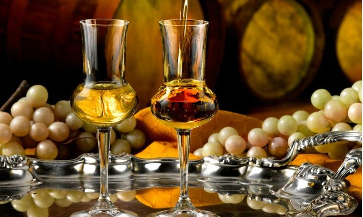The 4 best partners of Grappa http://www.thepiccachillyparlour.com/tpp/4-best-partners-grappa/ #grappa #alcohol #chocolate #coffee #DriedFruits #cigars #palate #partners #smoke #Cohiba #Grappa10th #Torbata #aromas #date #nut #carob #tobacco #vanilla #cinnamon #honey #distillate #digestivo #drink #vinaccia #pomace #distillation #BagnoMaria #WoodBarrels #barriques #cognac #grappatrentinadoc #TrentinoGrappa #IstitutoTutela #ThePiccachillyParlour