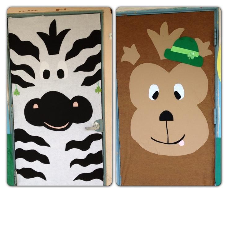 Portes decorades de la classe de les zebres i els micos