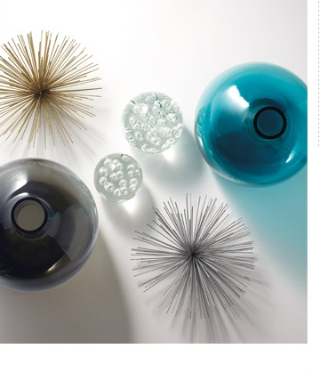 Torre & Tagus - Table decor, spike balls, vases and glass spheres