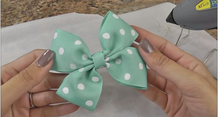 cool Easy DIY Hair Bow Tutorial - DIY Projects for Teens