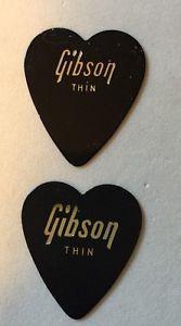 VINTAGE 2 GIBSON Heart GUITAR PICKS Celluloid THIN Gauge Black MINT Unused RARE