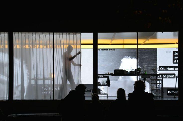 Dries Verhoeven - Wanna play?(L'amore ai tempi di Grindr) - Heinrichplatz, Berlino, 2014