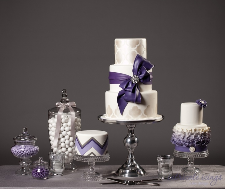 Loving a couple cakes here - the ombre cake & the chevron cake  Intricate Icings Blog » Blog » page 9