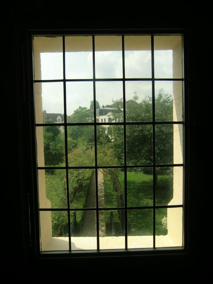 Maison de Jean de la Fontaine, Château-Thierry France   window view   garden jardin   vsbl photography
