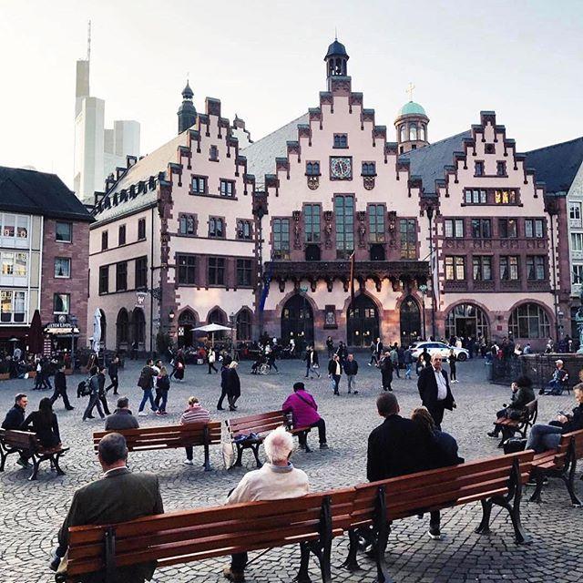 Frankfurt, Germany    F O T O:  @mhiziroglu