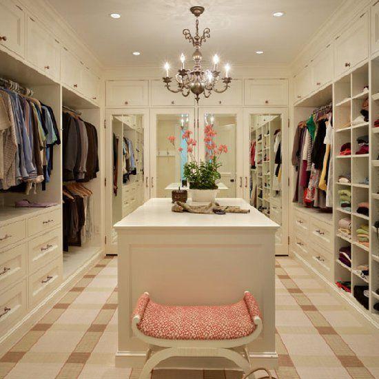 Stylish wardrobe design ideas! (image via Stuart Silk Architects)