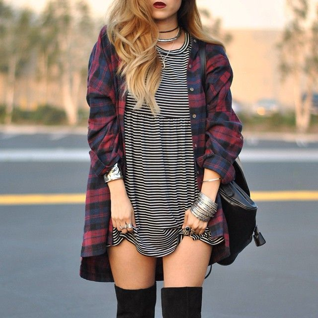 Close up on one of my fav combinations.. Plaid and stripes! Dress + flannel from @shoptobi, jewels by @dailylook!