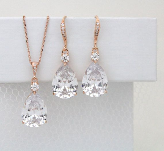Exquisitely crafted Rose Gold bridal necklace and earrings set with stunning filigree setting and a sparkly clear Swarovski Pure Brilliance Zircons.